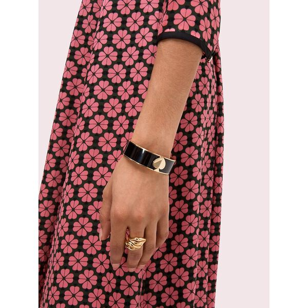 heritage spade bangle, black, hi-res